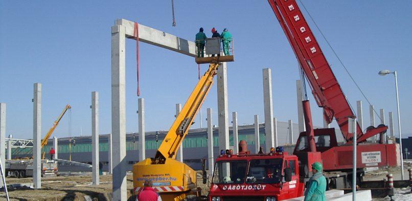 Építkezés a tatabányai ipari parkban